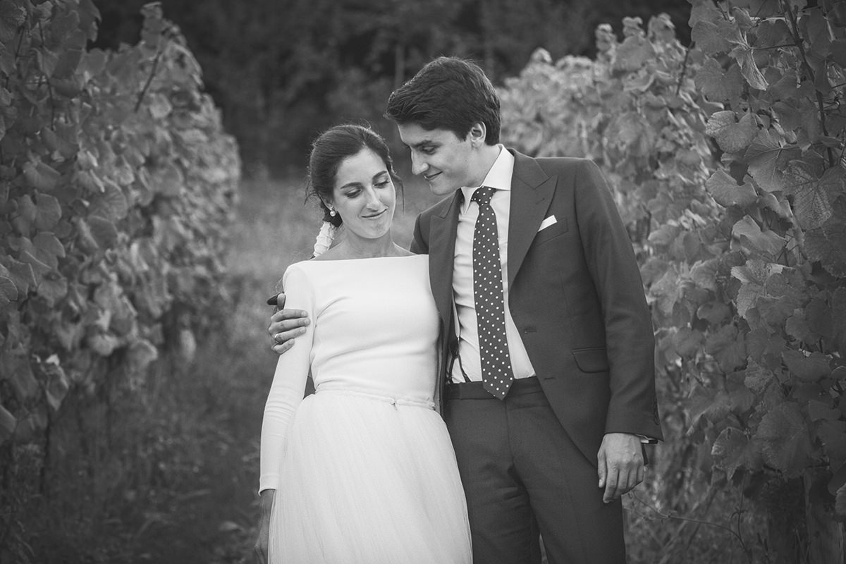 Paula-Borja_couple_photography_bilbao_azurmendi_14